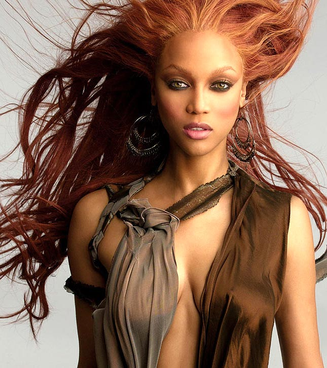 http://traceyricksfoster.files.wordpress.com/2009/03/tyra-banks-gl10.jpg